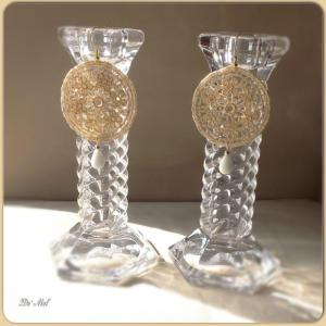 Medium round shape royal gold Venetian lace earrings with gold hardware and white Agate (semi-precious stone)