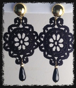 CLIP for non pierced ears! Black medium size Venetian lace earrings with drop shape onyx (semi-precious stone) and gold hardware.