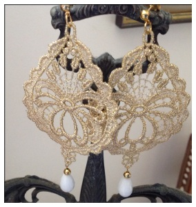 Royal gold drop shape Venetian lace earrings with white agate (Semi-precious stone) and gold hardware