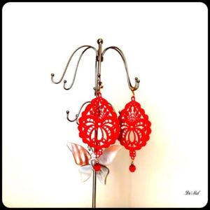 Total Red drop shape Venetian lace earrings with matching red swarovski crystal and gold hardware