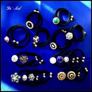 Vintage Buttons Lycra bracelets...a touch of classic glamour