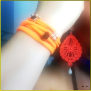 Candy Collection Lycra 4 round fluo Orange bracelet with fun beads...perfect for summer, beach and pool! water resistant